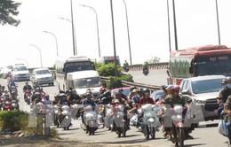 Xử lý ùn tắc các tuyến đường đi Đồng bằng sông Cửu Long