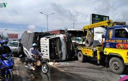 Ô tô tông liên hoàn, gây ùn tắc giao thông trên Quốc lộ 1A