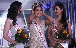 Hoa hậu có hai bằng Đại học, IQ 146, trở thành bác sĩ ngay sau đăng quang