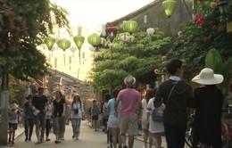 """Hơn 11 triệu lượt khách quốc tế """"ghé chơi"""" Việt Nam từ đầu năm 2019"""