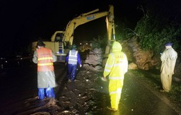 Sạt lở nhiều tuyến đường tại Bắc Bộ sau mưa bão