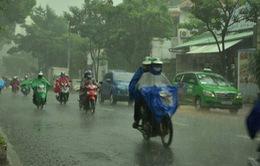 Nam Bộ mưa giông diện rộng, đề phòng giông lốc