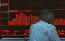 Thị trường chứng khoán toàn cầu lao dốc