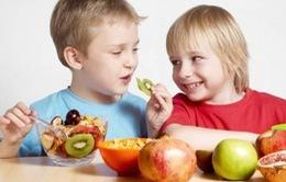 Muốn trẻ tăng trưởng toàn diện, cần chế độ dinh dưỡng ra sao?
