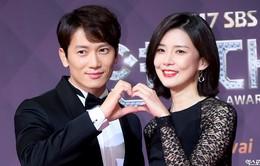 Ji Sung xúc động khi vợ Lee Bo Young ủng hộ phim mới