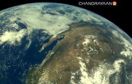Tàu thăm dò Mặt trăng của Ấn Độ gửi những hình ảnh đầu tiên về Trái đất