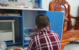 Bé trai 11 tuổi nghi bị thầy tu tại gia bạo hành
