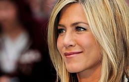 Vợ cũ của Brad Pitt bắt đầu hẹn hò lại