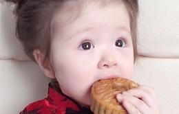 Mách mẹ cách giúp trẻ ăn bánh Trung thu không lo đầy bụng, chướng hơi