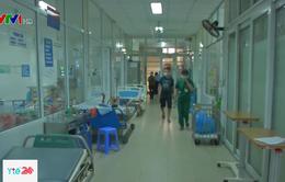 Nguy cơ phát tán siêu khuẩn kháng thuốc từ người nhà bệnh nhân