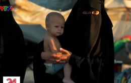 Bên trong trại tạm giữ người thân của các tay súng IS