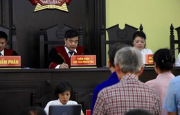 44 thí sinh được nâng điểm không có mặt, hoãn xét xử vụ án gian lận điểm thi ở Sơn La