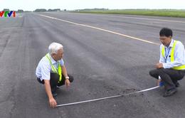 Thuê tư vấn độc lập để tìm cách sửa chữa đường băng sân bay
