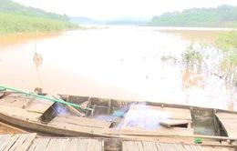 Bình Phước: Chèo thuyền ra hồ thủy điện chơi, 3 học sinh đuối nước thương tâm