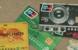 Cảnh báo chiêu trò rút trộm tiền từ các cây ATM