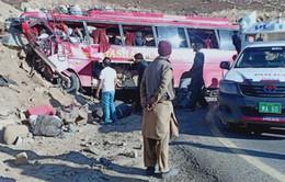 Pakistan: Xe bus rơi xuống vực, hơn 40 người thương vong