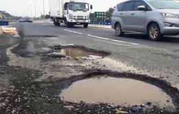 Cao tốc Đà Nẵng - Quảng Ngãi hơn 34.000 tỷ đồng xuống cấp khi chưa hoàn thiện