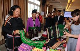 Hỗ trợ phụ nữ dân tộc thiểu số tự chủ kinh tế và phát triển kinh doanh với công nghệ 4.0