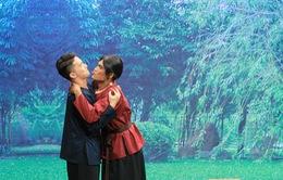 """S.T Sơn Thạch bị """"gạ hôn"""" trong Ơn giời! Cậu đây rồi"""