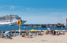 Cảng Cannes cấm các tàu du lịch gây ô nhiễm không khí