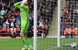 """Dâng chiến thắng cho Liverpool, sao Man Utd lập tức bị """"chỉnh"""""""