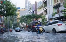 Đỉnh triều cao nhất, nhiều tuyến đường tại TP.HCM có nguy cơ ngập nặng