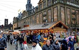 Hà Lan tăng thuế với khách du lịch