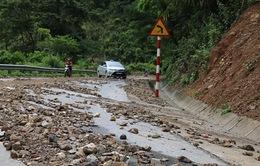 Sạt lở Quốc lộ 7A ở miền Tây Nghệ An