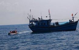 Nỗ lực tìm kiếm 3 ngư dân mất tích trên vùng biển Trường Sa