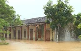 Hà Tĩnh: Nhiều ngôi trường vùng lũ vẫn đang chờ đón học sinh