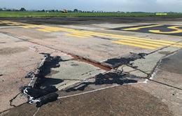 Vướng mắc về cơ chế, đơn vị nào sẽ sửa đường băng lún, nứt ở sân bay Nội Bài?