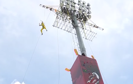 Chung kết Cuộc đua kỳ thú: H'Hen Niê nhảy từ độ cao của tòa nhà 12 tầng khiến khán giả thót tim