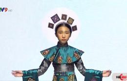 Độc đáo áo dài phối cùng thổ cẩm từ bộ sưu tập Ethnique A/W 2020