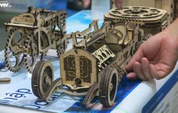 Kích thích tư duy với mô hình gỗ tại triển lãm về điều khiển và tự động hóa 2019