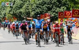 Áo xanh đổi chủ ở chặng cuối Giải xe đạp Quốc tế VTV Cúp Tôn Hoa Sen 2019