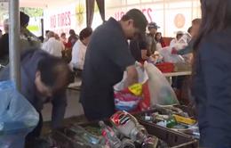 Đổi rác tái chế lấy thực phẩm tươi sống