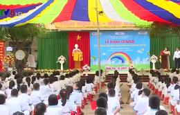 Lễ khai giảng muộn tại các điểm trường vùng lũ Hà Tĩnh