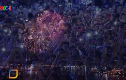 Người dân cả nước tưng bừng chào đón năm mới 2020