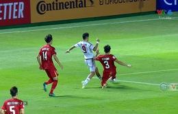 VIDEO: VAR cứu thua cho U23 Việt Nam trước U23 UAE