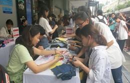 Hơn 3.000 bạn trẻ tham gia hoạt động Đổi đồ - Đổi đời, góp phần giảm thiểu vấn đề rác thải thời trang