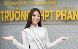Á hậu Kim Duyên trao tặng 80 triệu đồng cho học sinh, sinh viên tại Cần Thơ