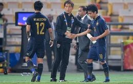 Bóng đá Thái Lan xin đặc cách y tế cho HLV Nishino và 80 cầu thủ nước ngoài