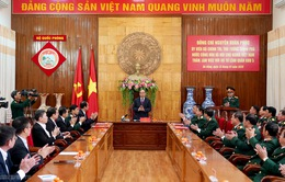 Thủ tướng thăm, làm việc với Bộ Tư lệnh Quân khu 5