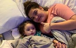 Bé gái 4 tuổi mù lòa sau khi mắc bệnh cúm