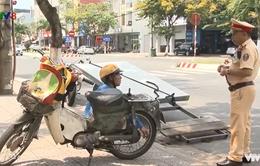 Đà Nẵng: Nguy hiểm tình trạng xe độ chế chở hàng cồng kềnh