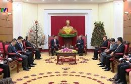 Đồng chí Trần Quốc Vượng tiếp đoàn Trung Quốc