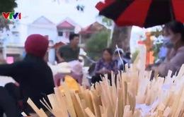 Người dân thôn Hoành, xã Đồng Tâm những ngày cận Tết