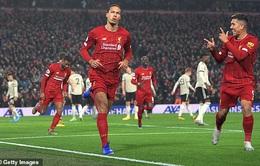 Liverpool 2–0 Man Utd: Van Dijkcùng Salah lập công, Liverpool vững ngôi đầu Ngoại hạng Anh