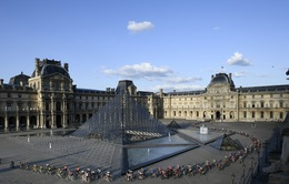 Pháp: Bảo tàng Louvre mở cửa trở lại sau làn sóng đình công