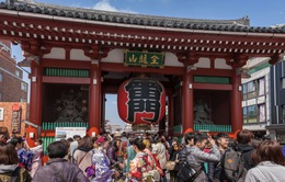 Hàng triệu người dân Nhật Bản đi lễ chùa đầu năm